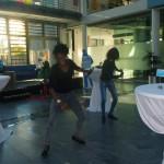 Die Gruppe Tam Tam d'Afrique bei ihrem Auftritt in der Sparkasse Korschenbroich