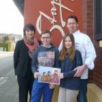 Carmen und Frajo Stappen mit den Kindern Pascal und Lara: Sie unterstützen die Augenhilfe Afrika mit einem Benefiz-Dinner
