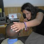 Optikerin Jacqueline Christine Steiner aus Memmingen unterstützt die Augenhilfe Afrika während eines Praktikums